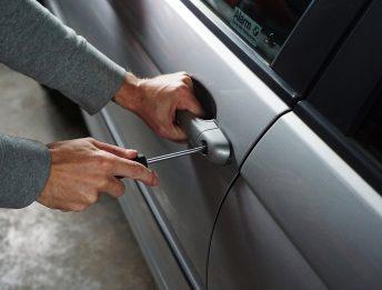 Auto in leasing furto