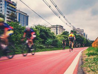 Piste ciclabili ciclisti