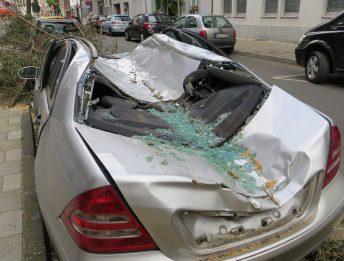 Assicurazione eventi atmosferici auto