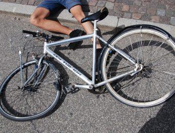 Omicidio colposo di un ciclista senza giubbotto retroriflettente