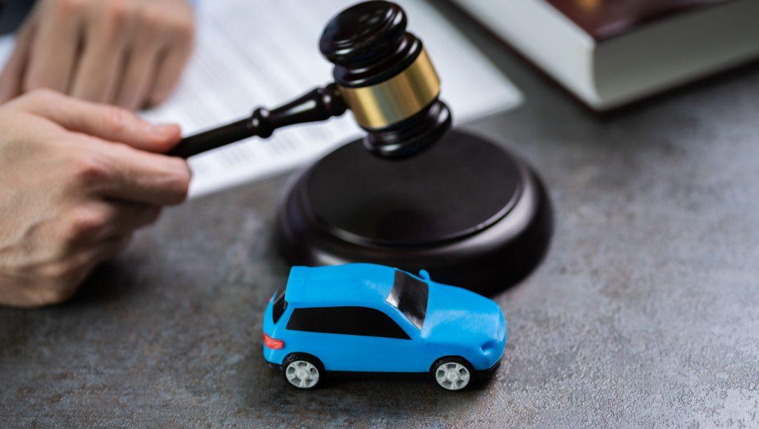 Auto e moto confiscate