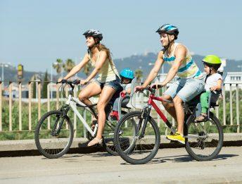 Come trasportare i bambini in bicicletta