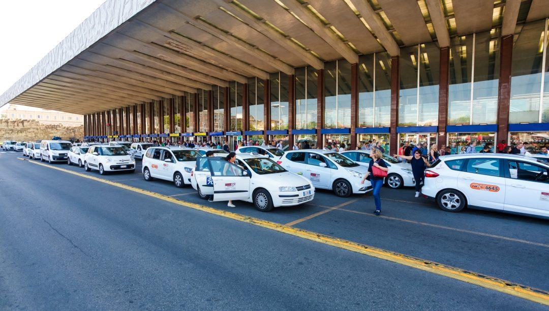 Sciopero taxi 22 ottobre 2021